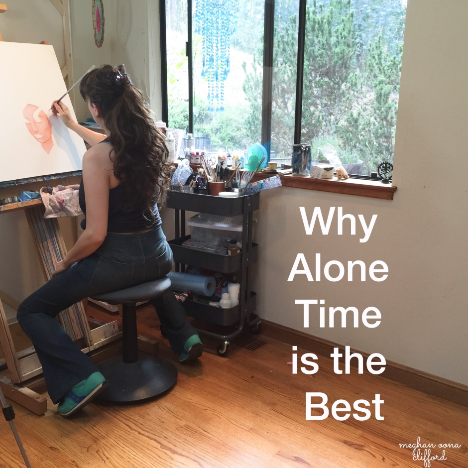 artists introvert, artist introvert, quiet artist, art studio, artist at work