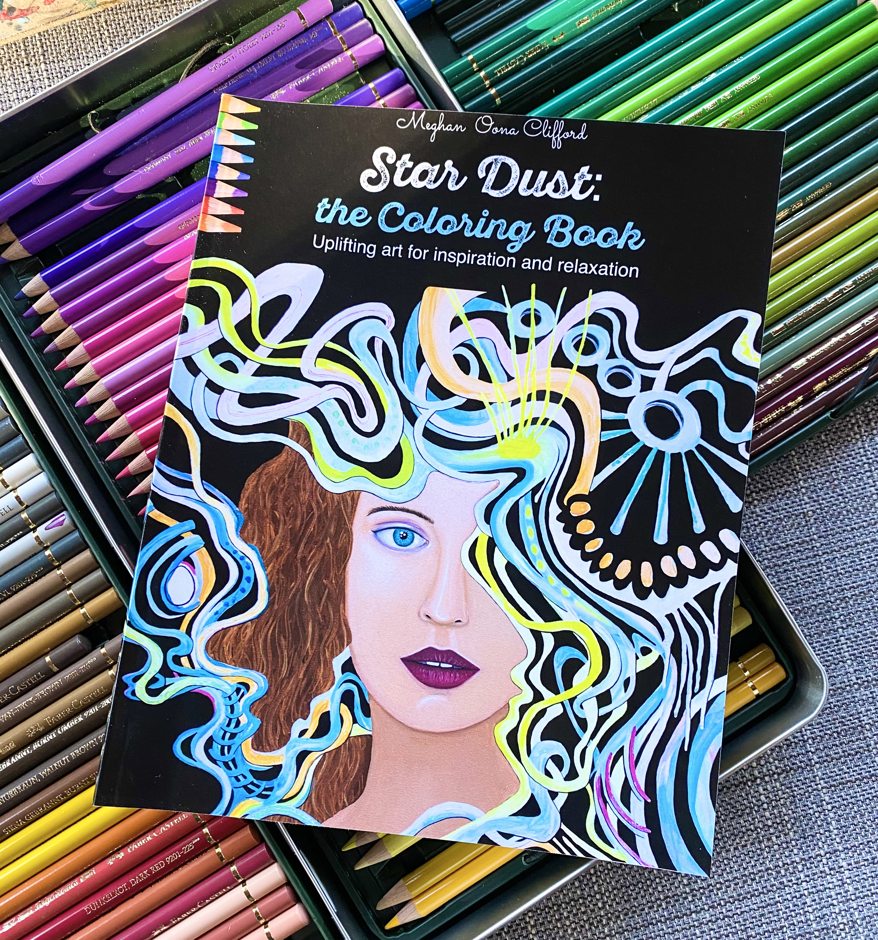 Star Dust Adult Coloring Book: Creative art therapy for inspiration, healing, and relaxation